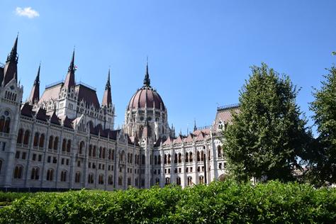 PONTURI PENTRU VACANȚĂ (CÂND O FI…) -BUDAPESTA